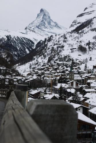 В теплой тени Маттерхорна: Winter Zermatt & Breithorn